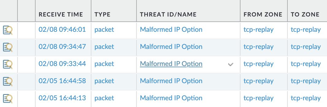 この例は、次世代ファイアウォールのUIに脅威ログがどのように表示されるかを示しています。これらは、[異常な形式] のIPオプションの脅威ログです。